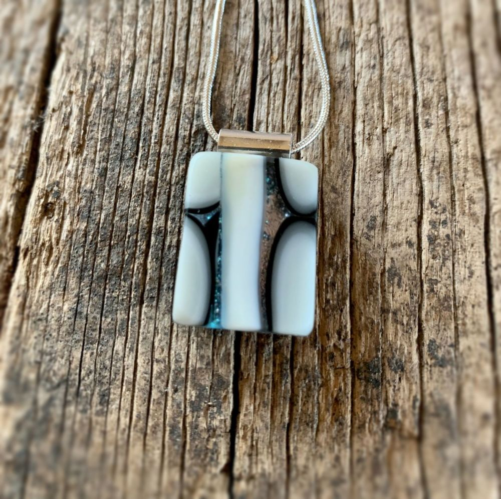 'Black and White' Pendant with silver loop plate fixing