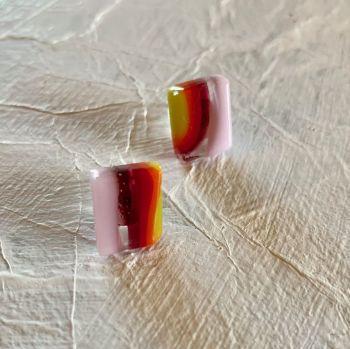 Boucles d'oreilles carrées  - Square Studs - Red/orange/pink