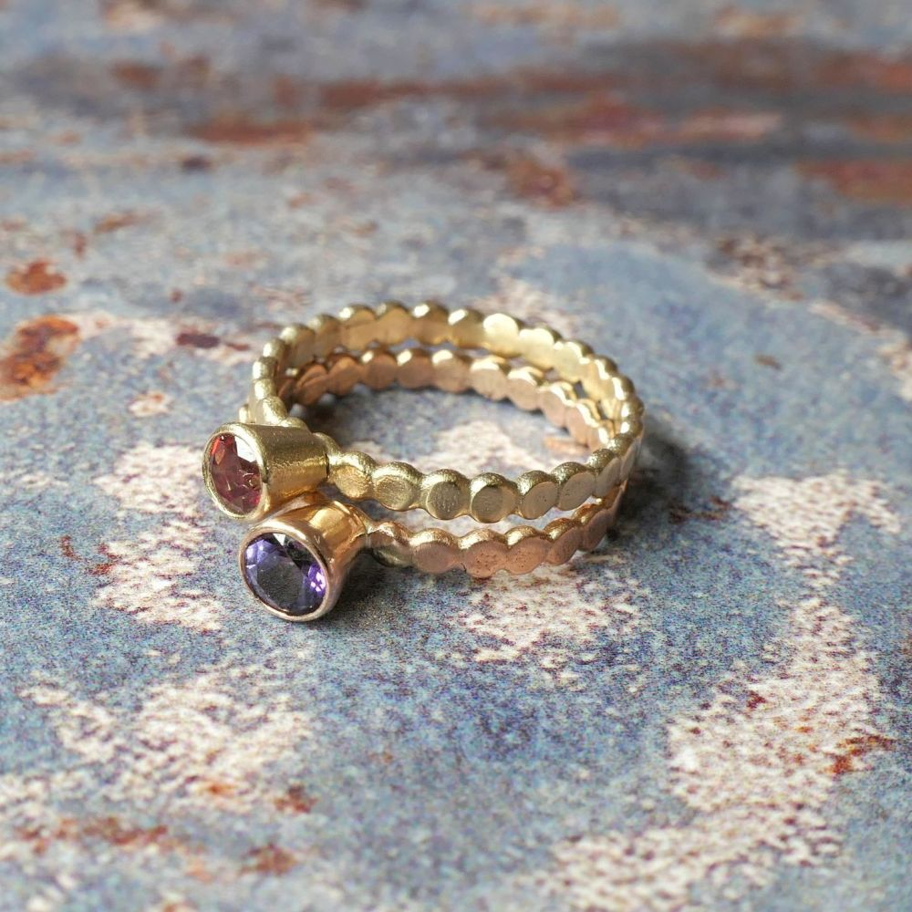 Pebble Swarovski Topaz solid gold  ring