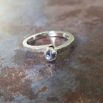 Birch Sapphire Ring