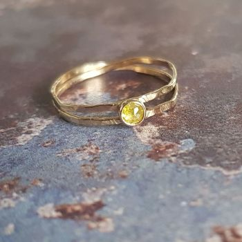 9ct Gold double wrap ring with yellow diamond