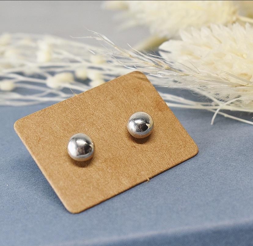 Argentium Pebble Stud Earrings handmade by The Sylverling Workshop