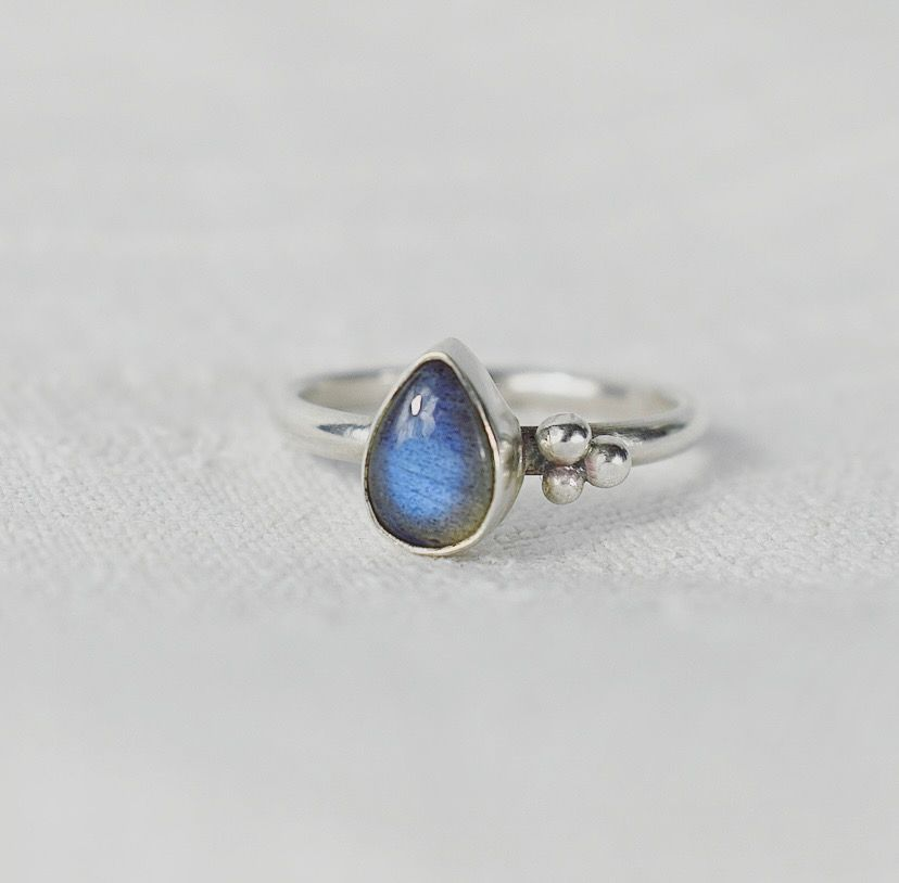 Handmade To Order Argentium Silver & Labradorite Ring