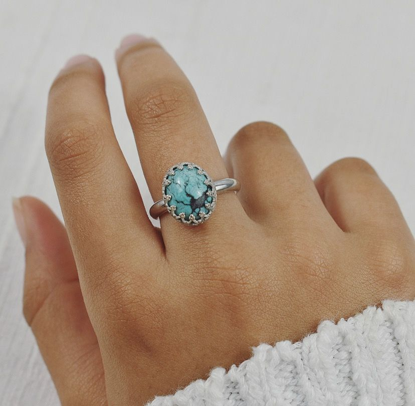 Turquoise ring by The Sylverling Workshop