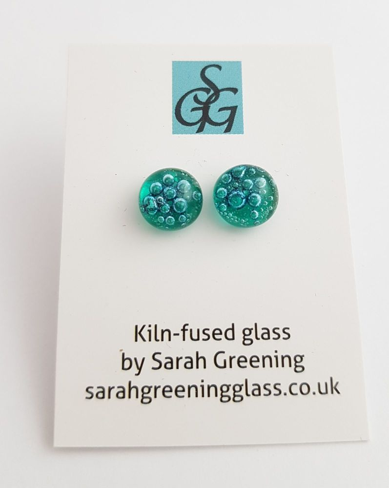 Emerald green bubbles stud earrings