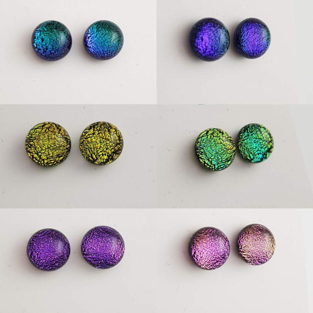 <!-- 004 -->Stud earrings