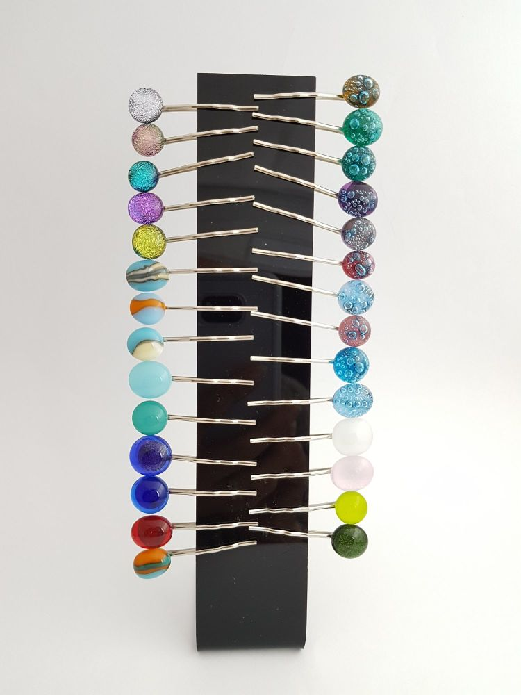 Hairclips with glass