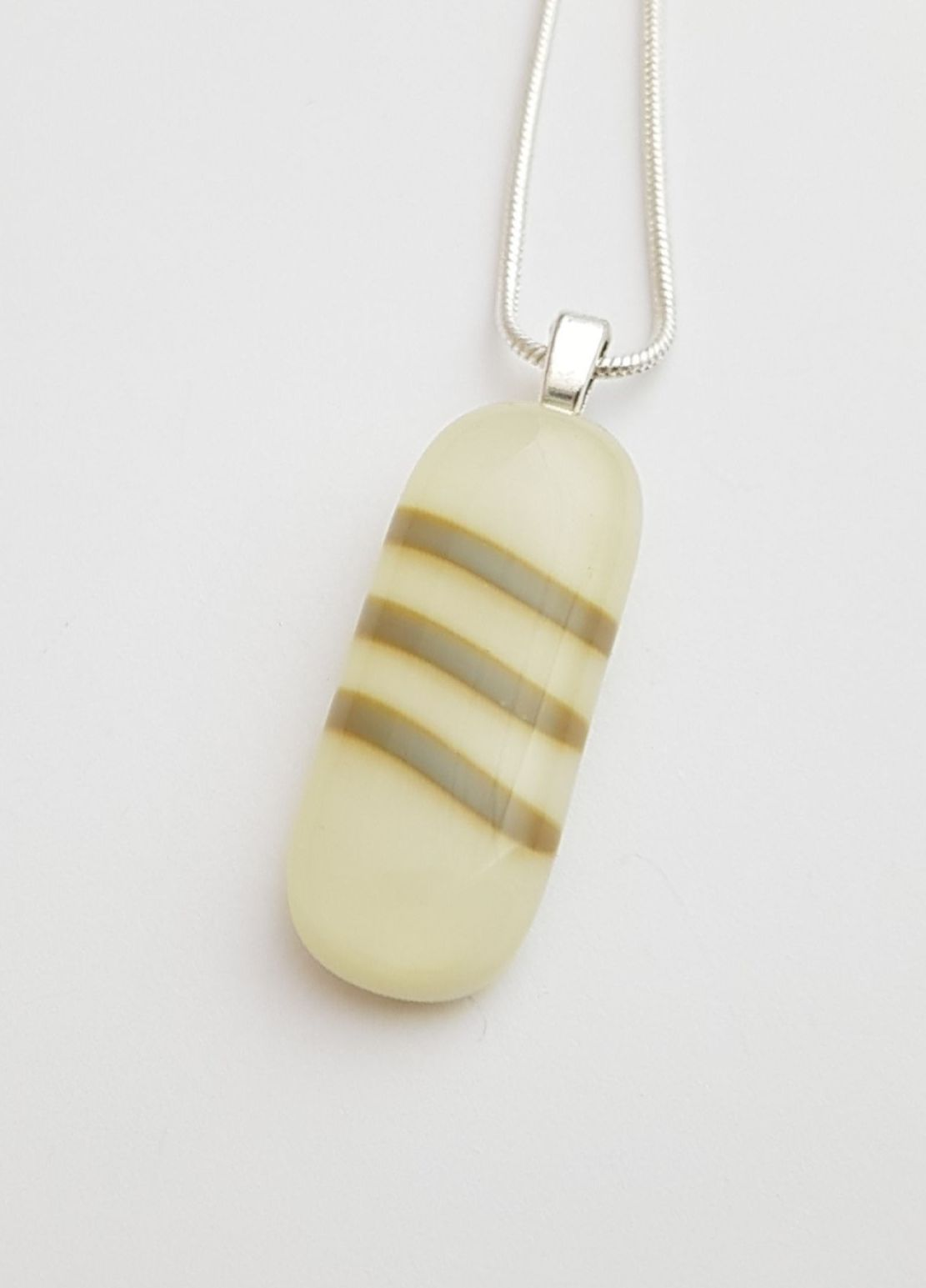 Vanilla oblong pendant with blue-grey stripes
