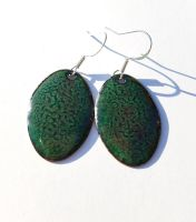 Dark green mottled earrings