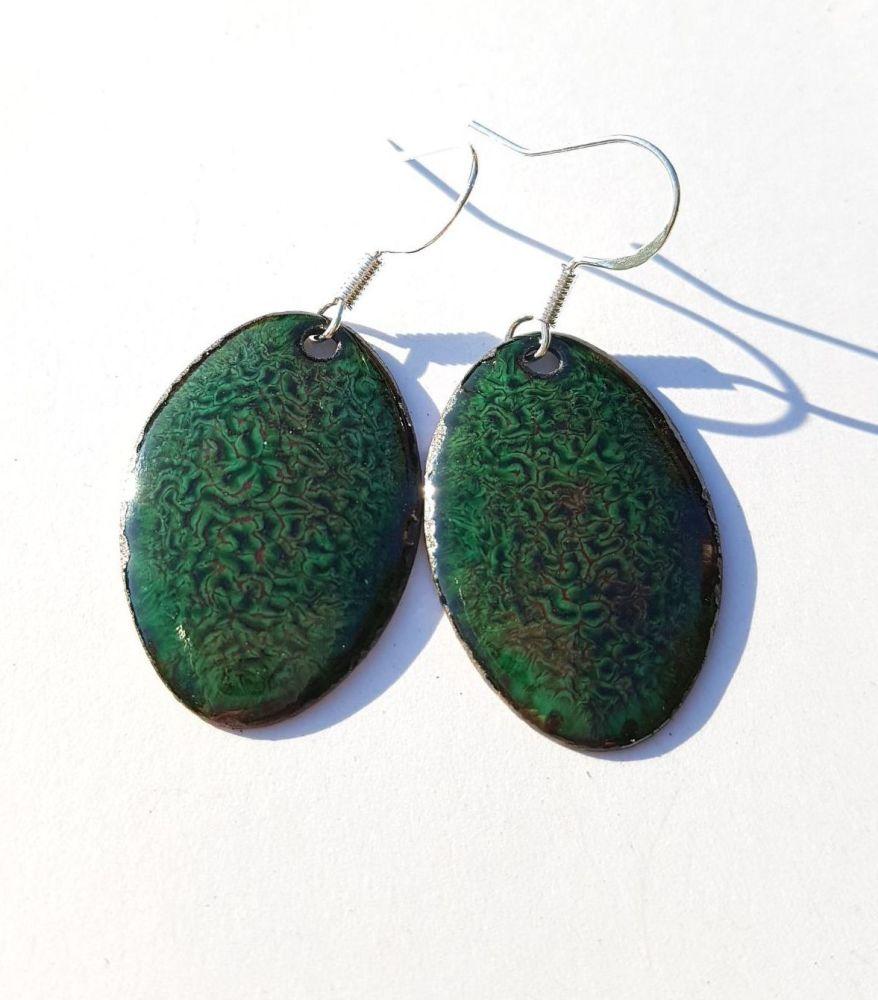 Dark green mottled earrings