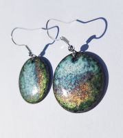 Metallic lustre speckled earrings