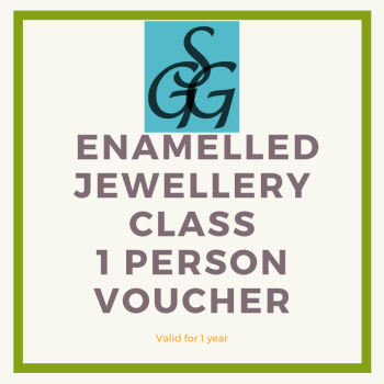 Enamelled jewellery class voucher for 1 person