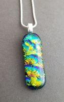 Multicoloured dichroic pendant