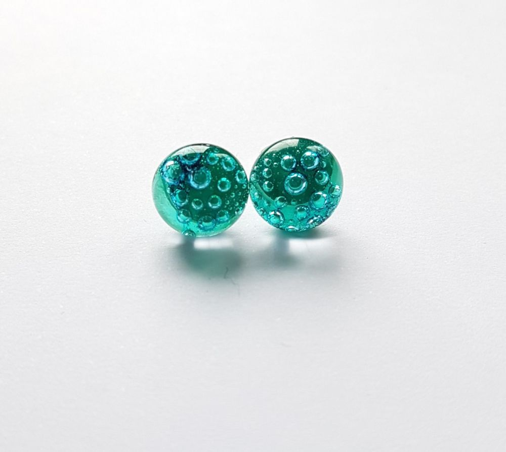 Bubbles - Emerald green bubbles stud earrings