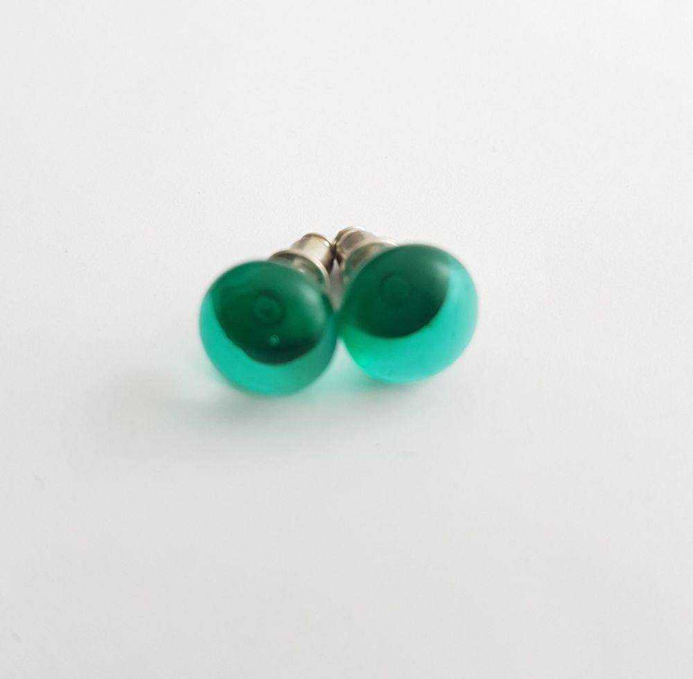 Emerald green transparent glass stud earrings