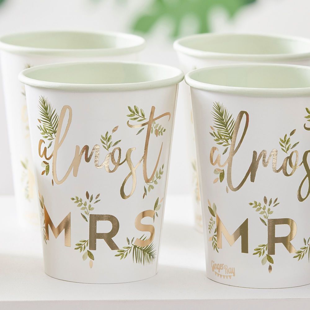 GOLD FOILED ALMOST MRS PAPER HEN PARTY CUPS (PACK OF 8)