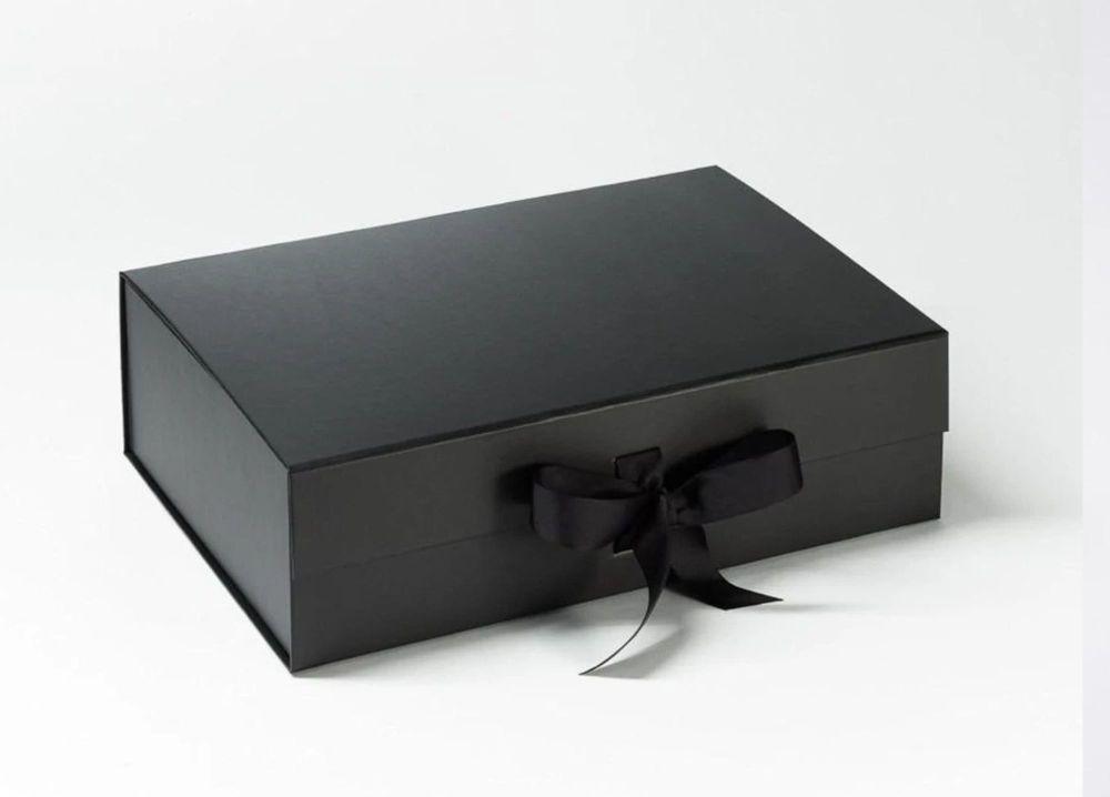 PLAIN BRIDAL PARTY GIFT BOX (WITH RIBBON)