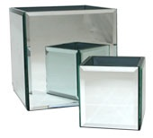 18CM SQUARE BEVELLED MIRRORED VASE