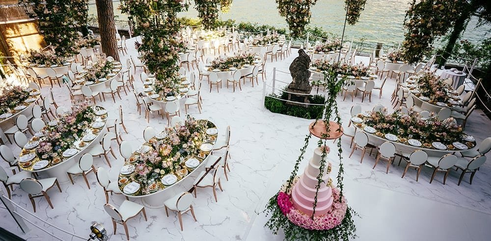 OVAL MIRRORED TABLES