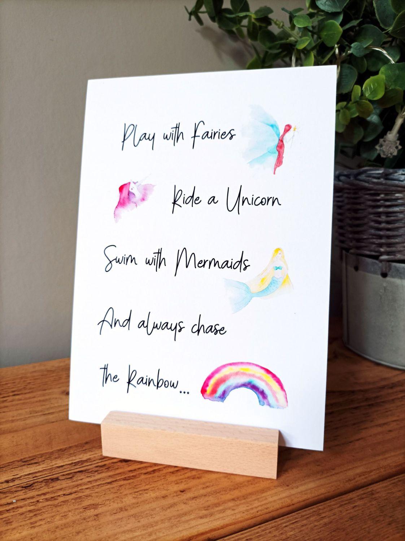 A5 size mini print stand