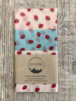 3 Square Wraps - Strawberries - Pink/blue/pink