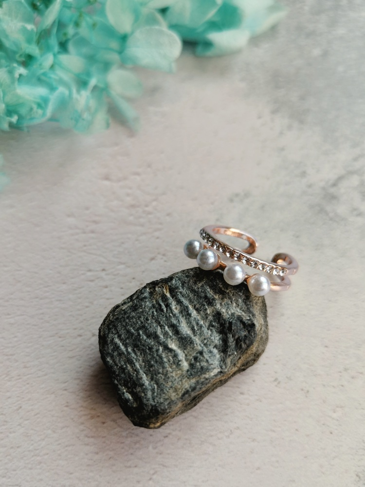 Rose Gold Tone Mother of Pearl Adjustable Ring