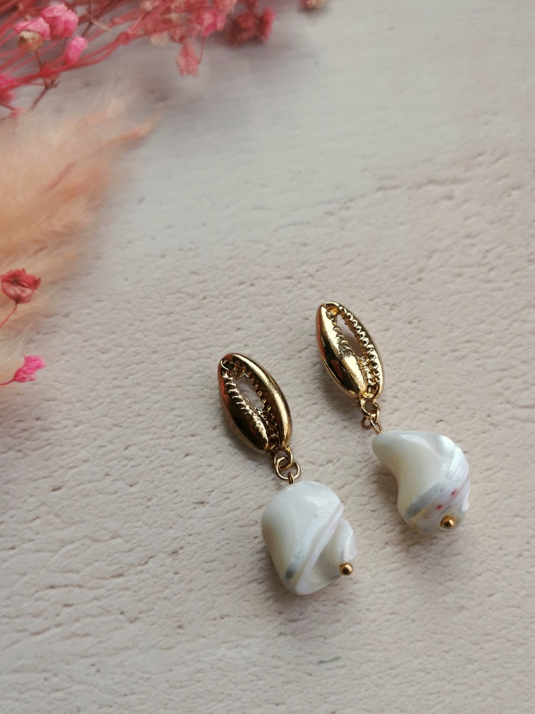 Gold Tone Shell and Stone Drop Pendant Earrings