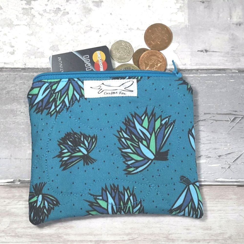 Blue chive small pouch