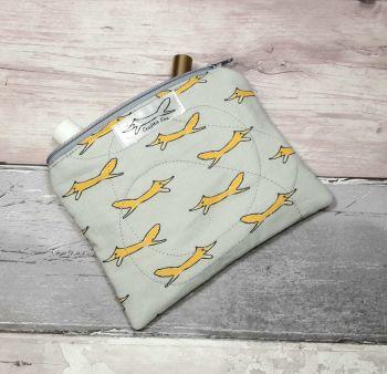 Fox zipper padded pouch