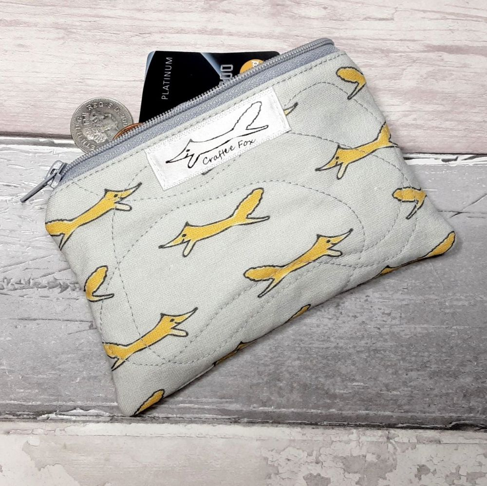 Mini fox zipper padded pouch