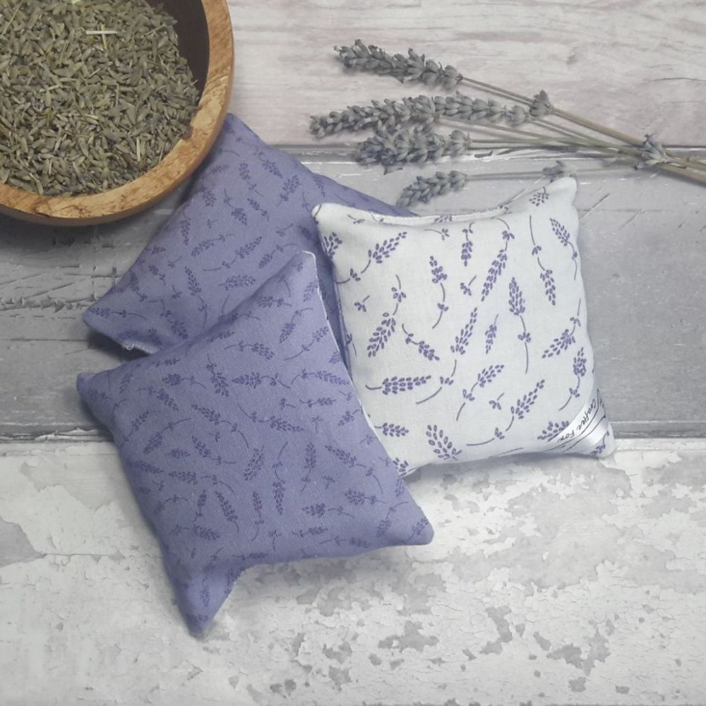 Lilac and white lavender bag