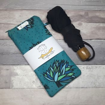 Blue Chive brolly bag