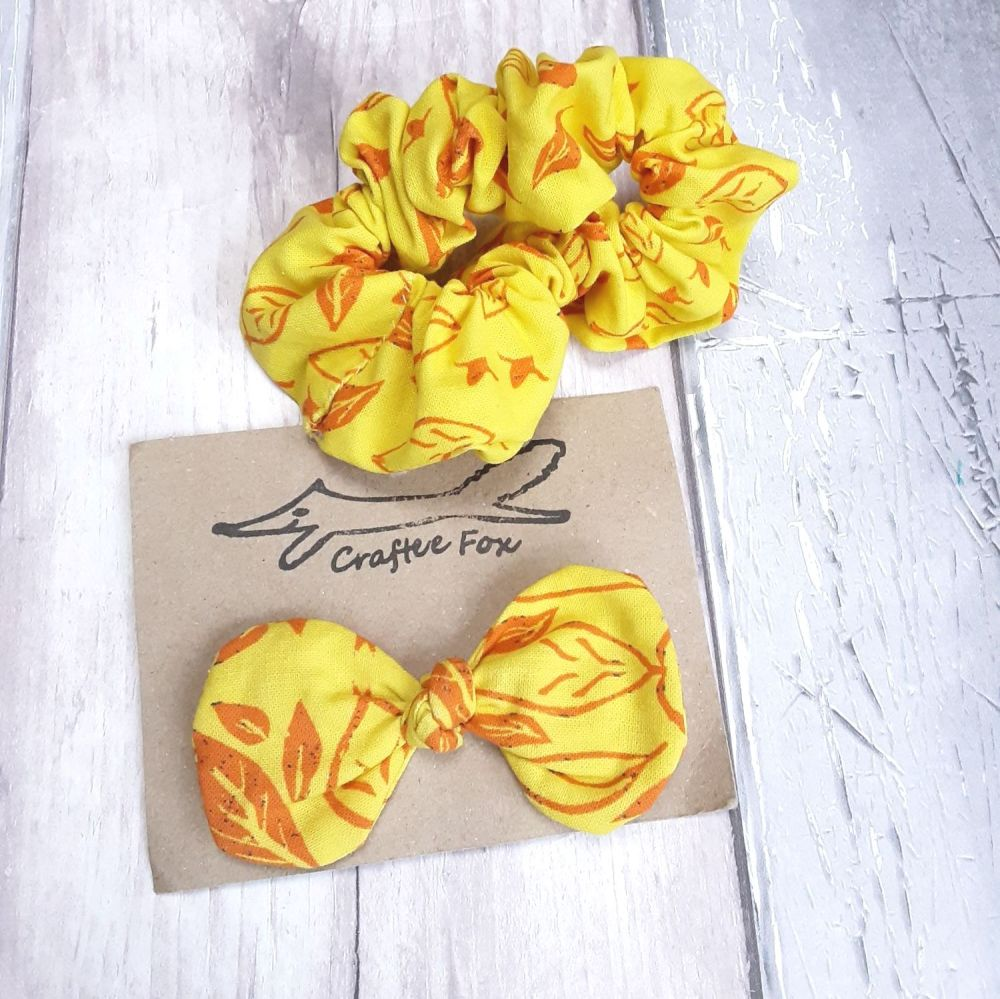 Scrunchie and hair bow set