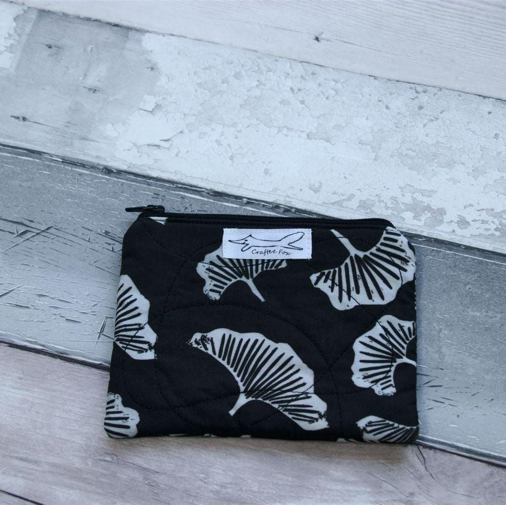 Black & white Gingko  purse