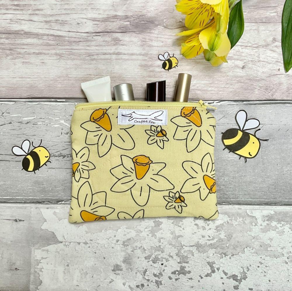 Daffodil purse