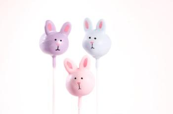 Spring bunny cake pops