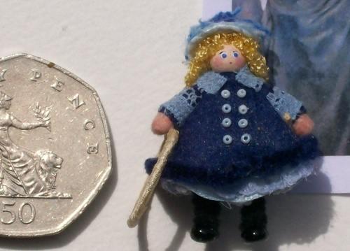 Renoir Doll detail