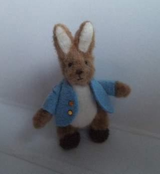 Peter rabbit Small 1