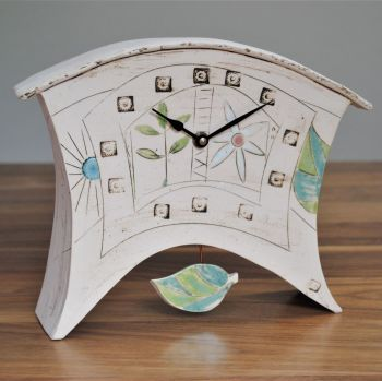 "Ceramic mantel clock - Large with Pendulum ""Flowers"""