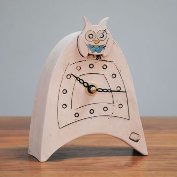 "Ceramic mantel clock  small rounded ""Owl"""
