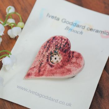 Ceramic brooch - Pink heart