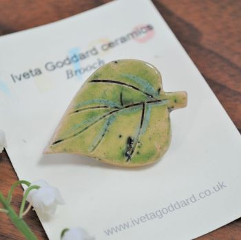 Ceramic Brooch - Green Leaf