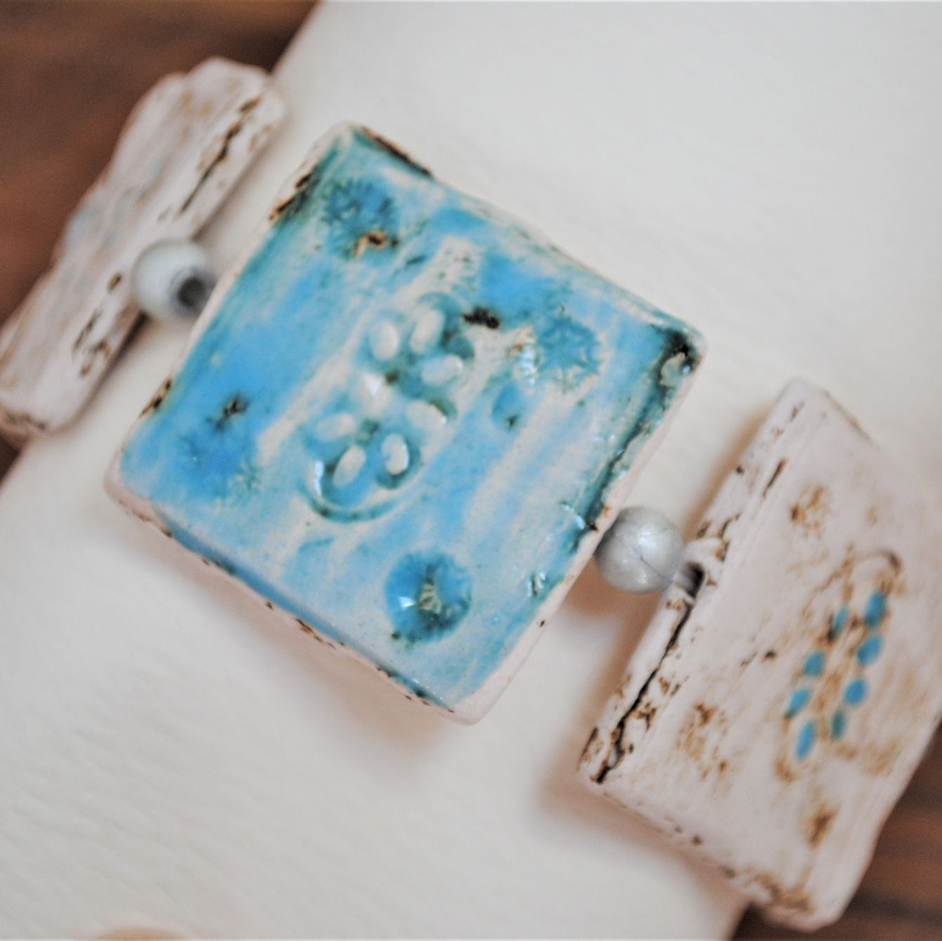 square design bracelet -  blue