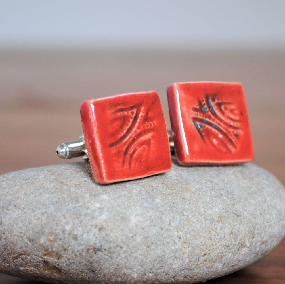 cufflinks - red