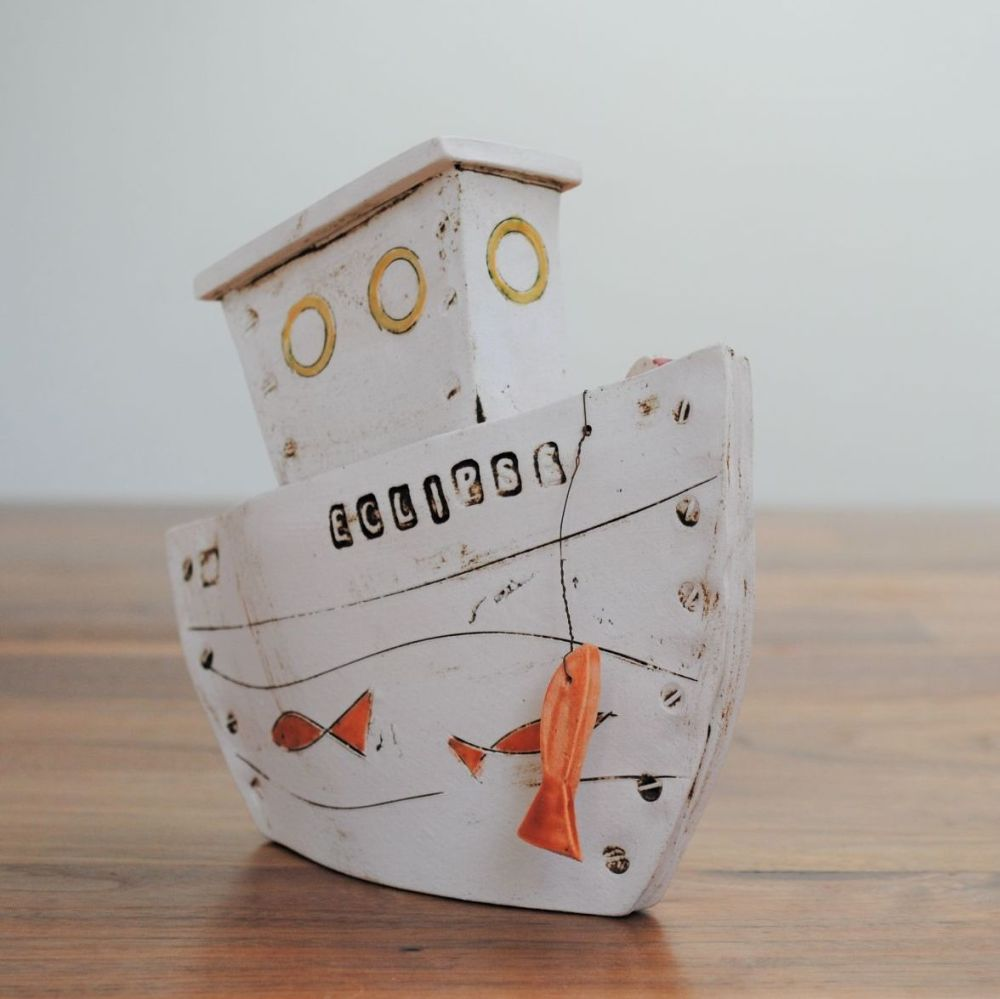 Decorative ceramic boat