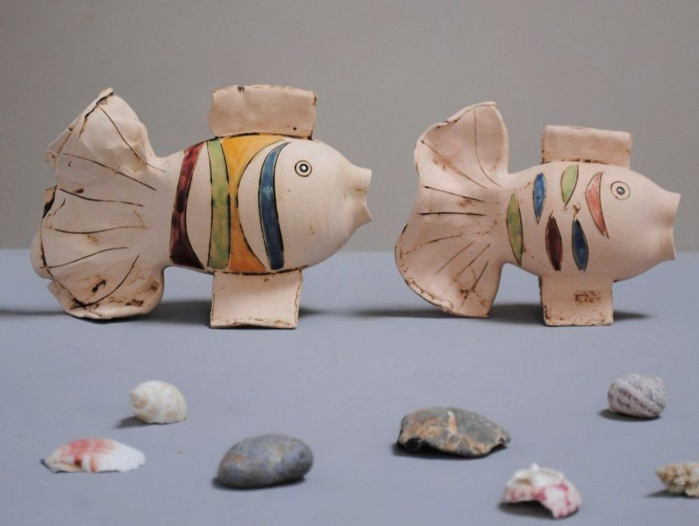 Fish - The happy pair with colourful glazes.