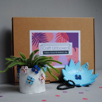 Home pottery kit - Mother's Day