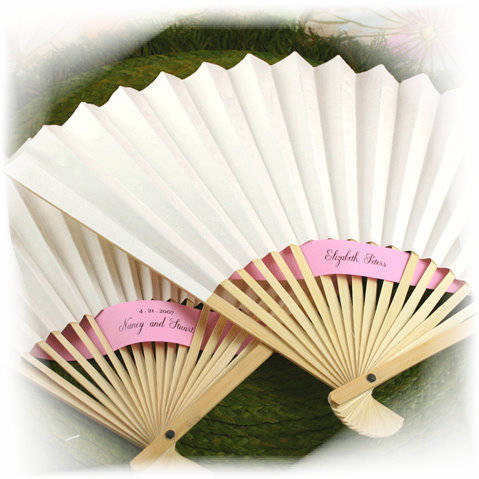 Wedding Fans News by FANtastica supplier of hand fans for weddings