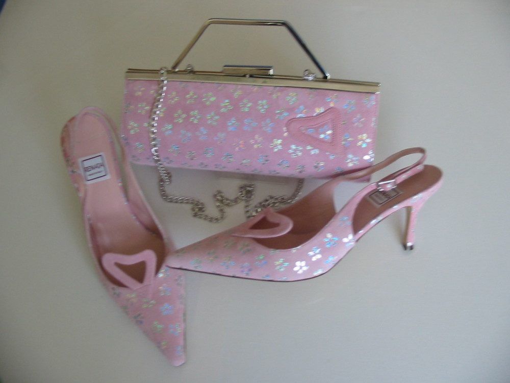 Renata designer shoes matching bag pink silver nubuck mother bride size 6.5
