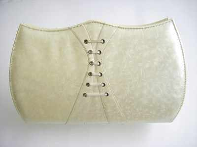 Designer evening bag Gina pale cream/ivory pearlescent.vintage